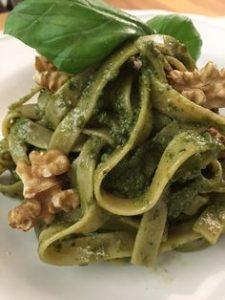 pesto di zucchine, ricette sane, dimagrire senza fatica