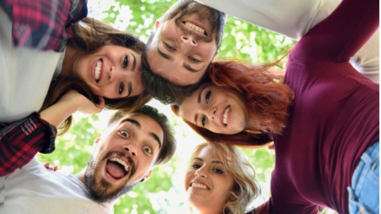 amicizie sincere e durature: gruppo dei pari